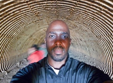 Meet Ntare Guma Mbaho Mwine An American-Ugandan Stage and Film Actor, Playwright, Photographer and Documentarian.